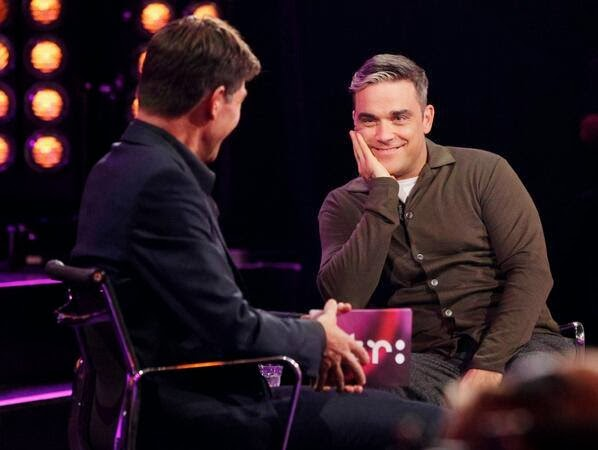 http://robbiewilliamsmusic.ru/wp-content/uploads/2013/10/college-tour1.jpg