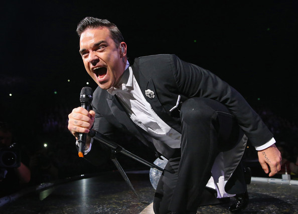 http://robbiewilliamsmusic.ru/wp-content/uploads/2014/09/robbie-williams-performs-in-melbourne_17.jpg